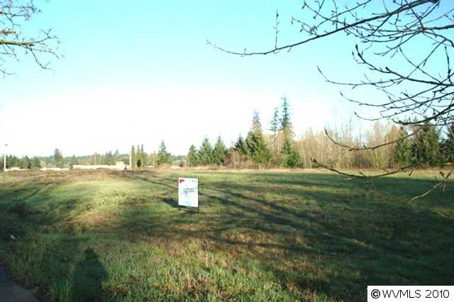 Image of Acreage for Sale near Albany, Oregon, in Benton county: 2.57 acres