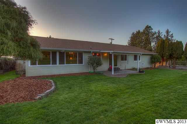 2065 Sw 45th St, Corvallis, OR 97333