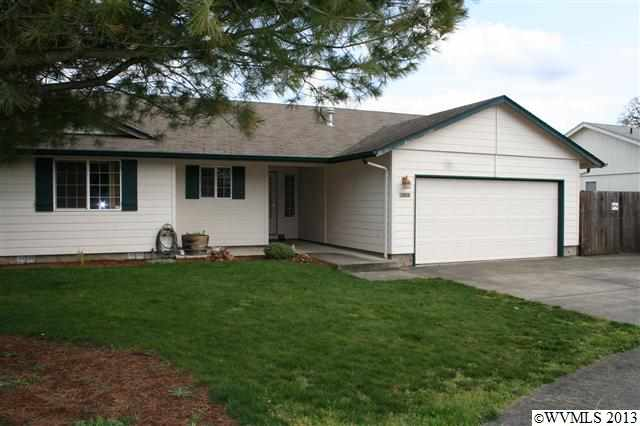 355 Fairfield Ct, Jefferson, OR 97352