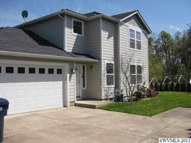 579 Bowman Cir E, Monmouth, OR 97361