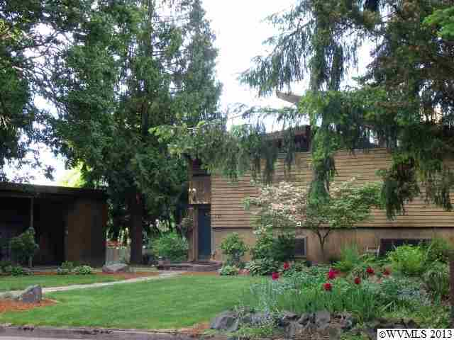 733 Caroline Way N, Monmouth, OR 97361