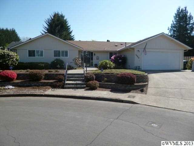 1440 Neahkahnie Ct SE, Salem, OR 97306