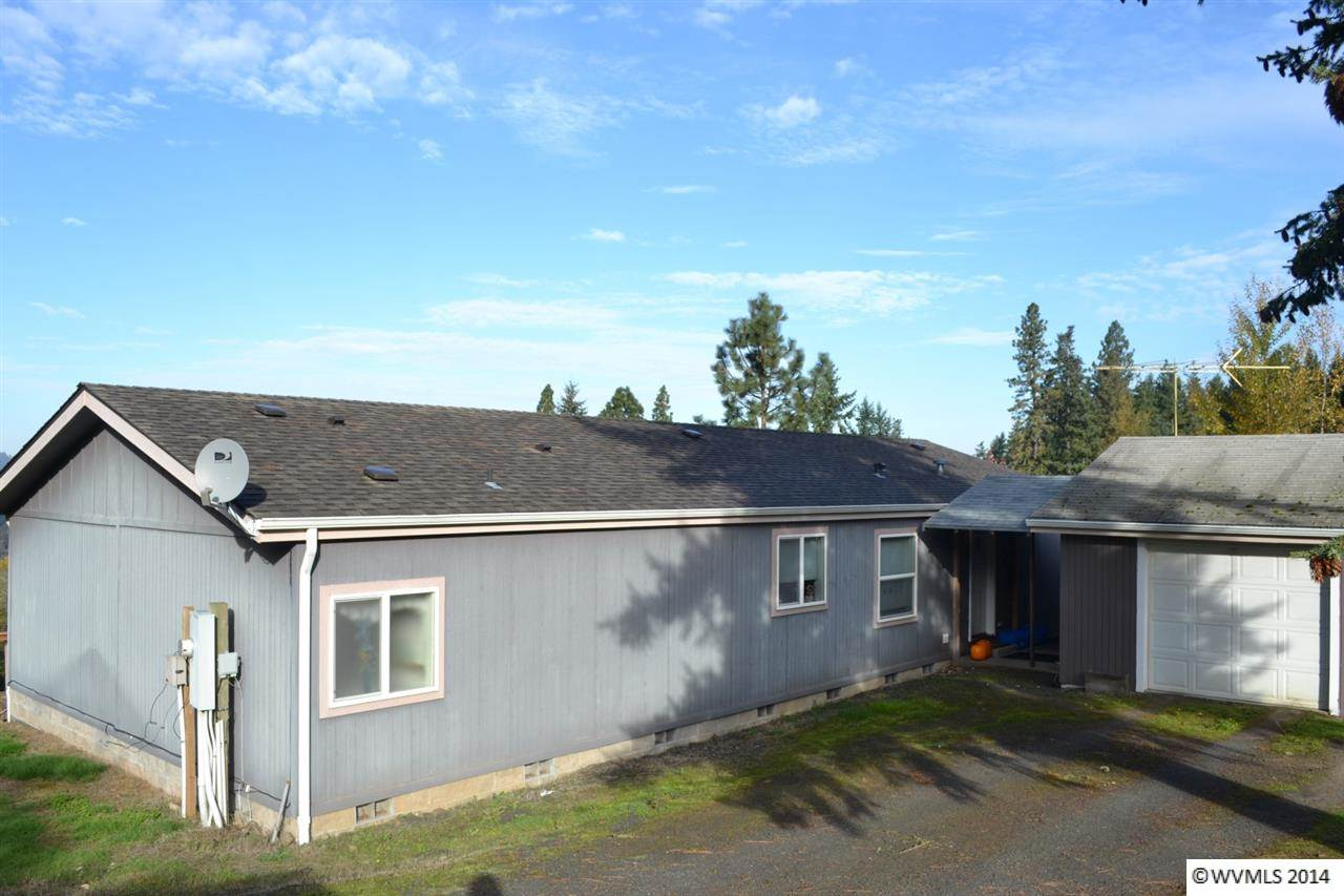 30628 W View Rd, Lebanon, OR 97355