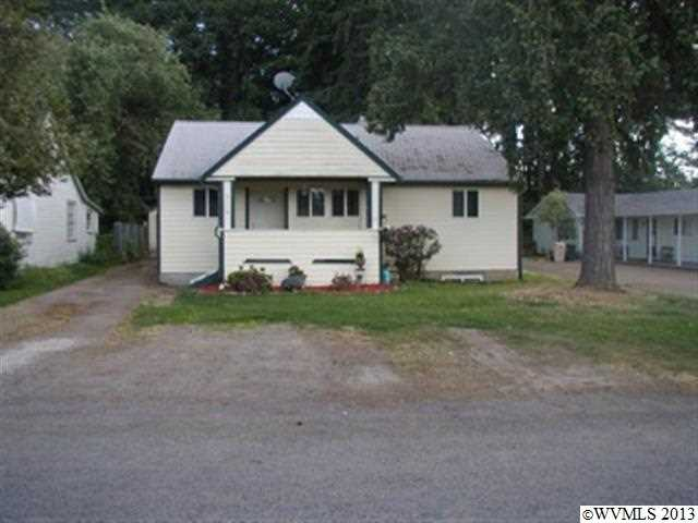 2110 17th Ave SW, Albany, OR 97321