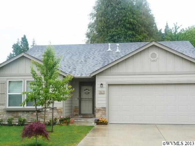 983 North Pointe Dr, Albany, OR 97321