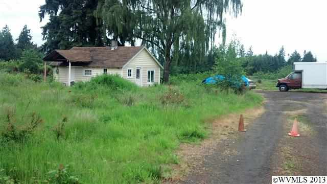 6905 Hazelgreen Rd NE, Salem, OR 97305