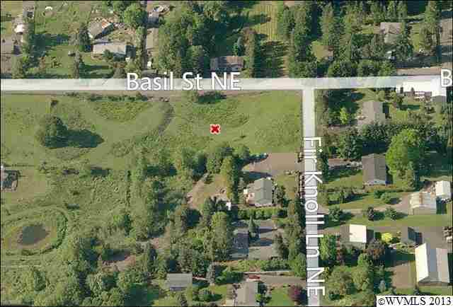 525 Fir Knoll Ln NE, Salem, OR 97317