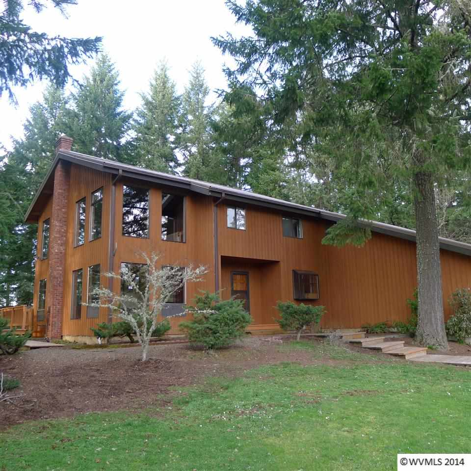 6040 Treehouse Rd, Monmouth, OR 97361