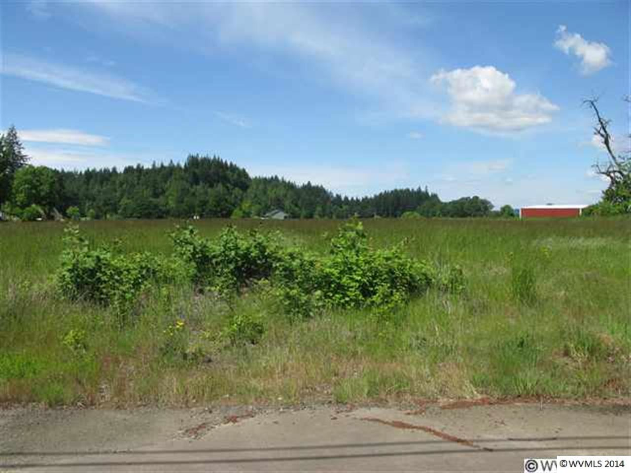 Image of Acreage for Sale near Albany, Oregon, in Linn county: 14.63 acres
