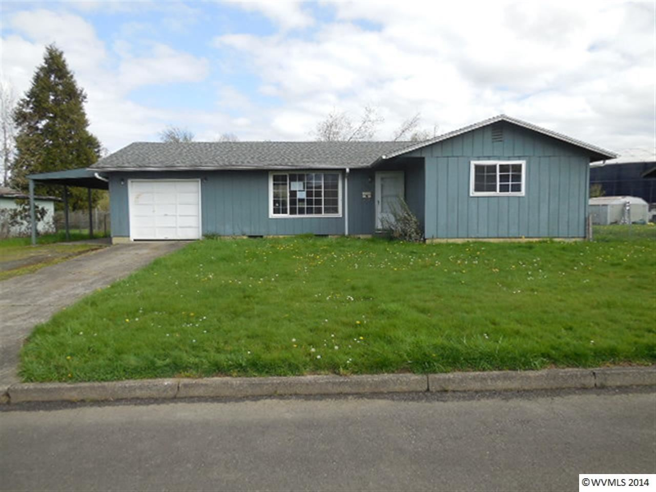 1035 Evergreen Dr, Independence, OR 97351