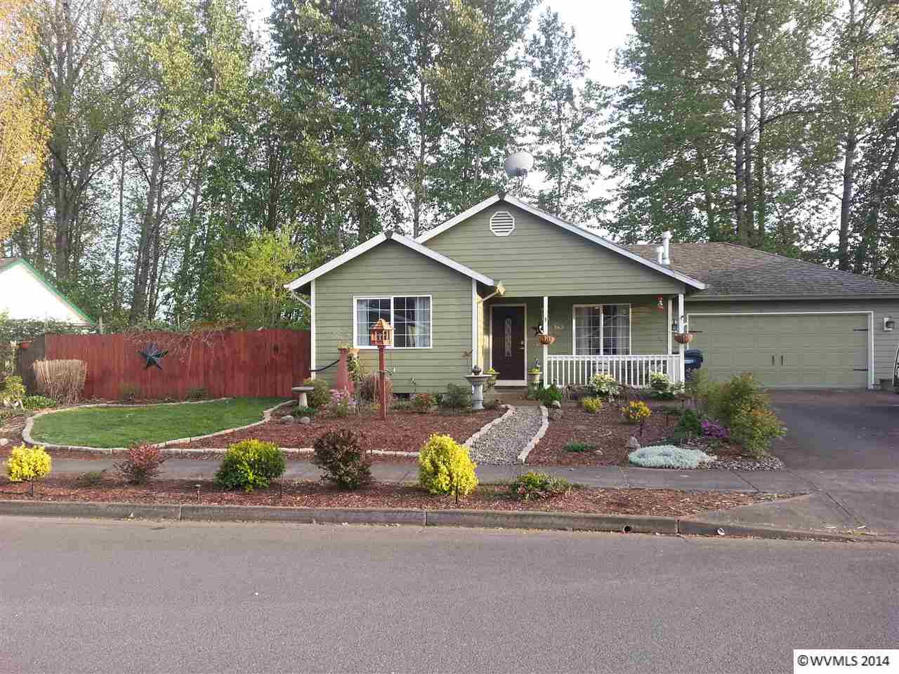 163 River Oak Rd, Independence, OR 97351