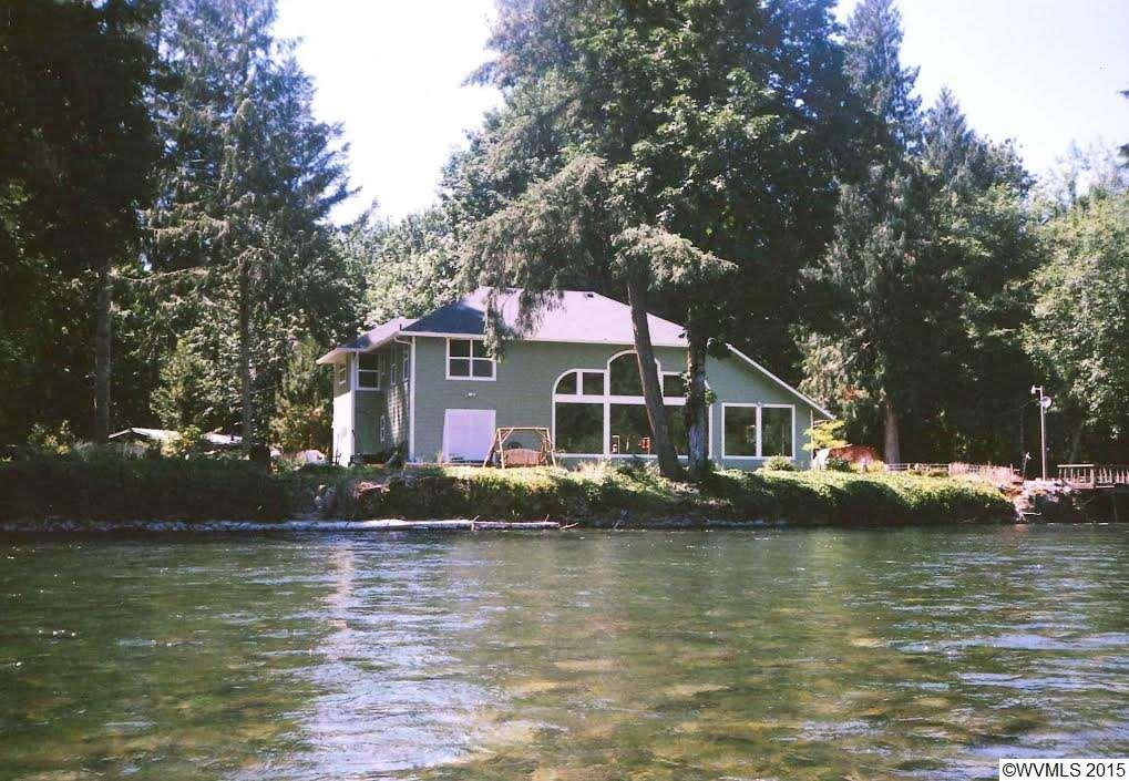 Photo of 40549  Shoreline St Dr  Lyons  OR
