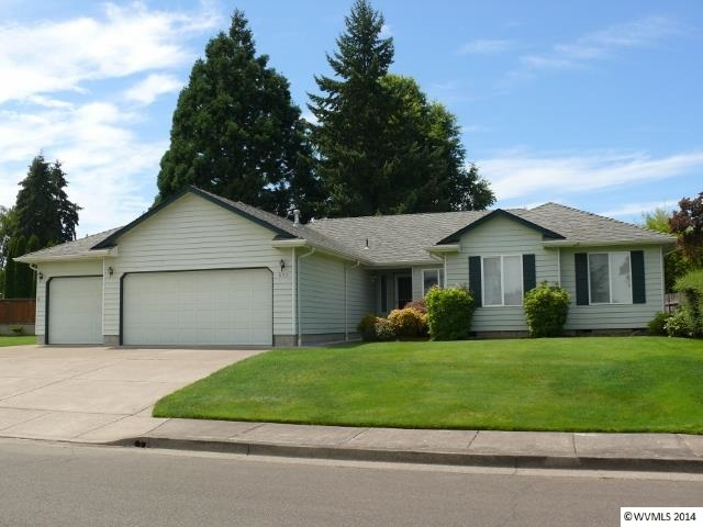 652 Kayla Way N, Monmouth, OR 97361