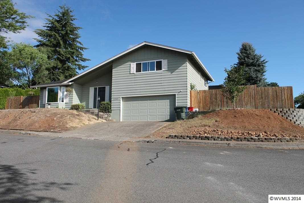 3205 Caribou Ct NW, Salem, OR 97304