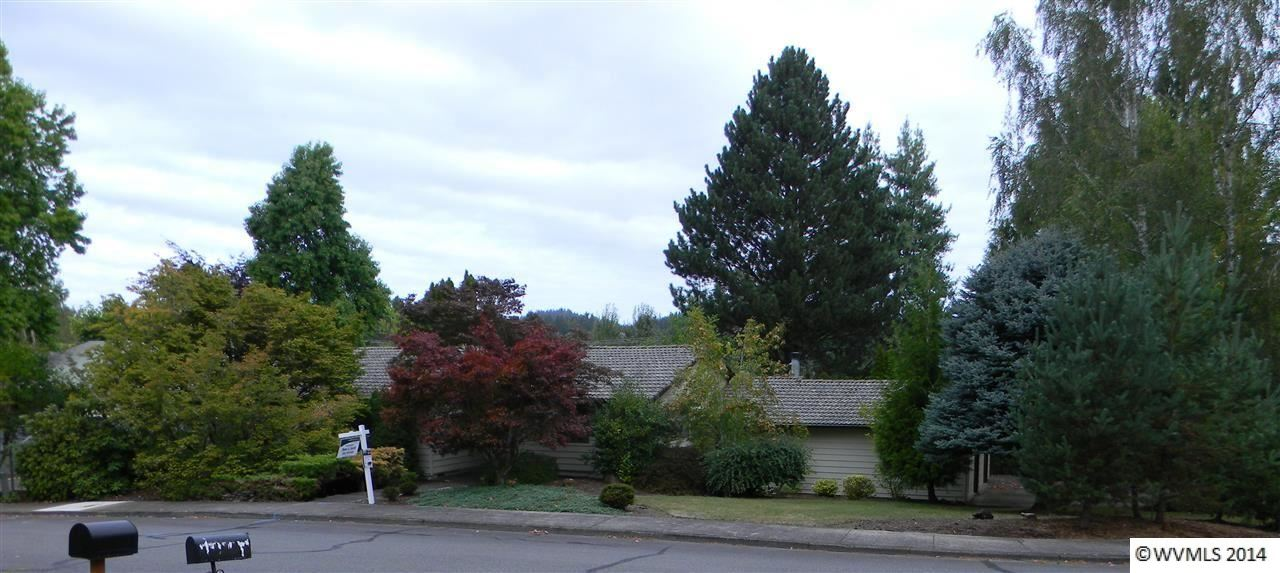 1083 Windemere Dr NW, Salem, OR 97304