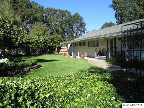 1140 Sw Oakdale Ave, Dallas, OR 97338