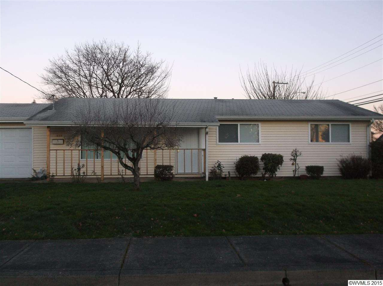 455 S 11th St, Independence, OR 97351