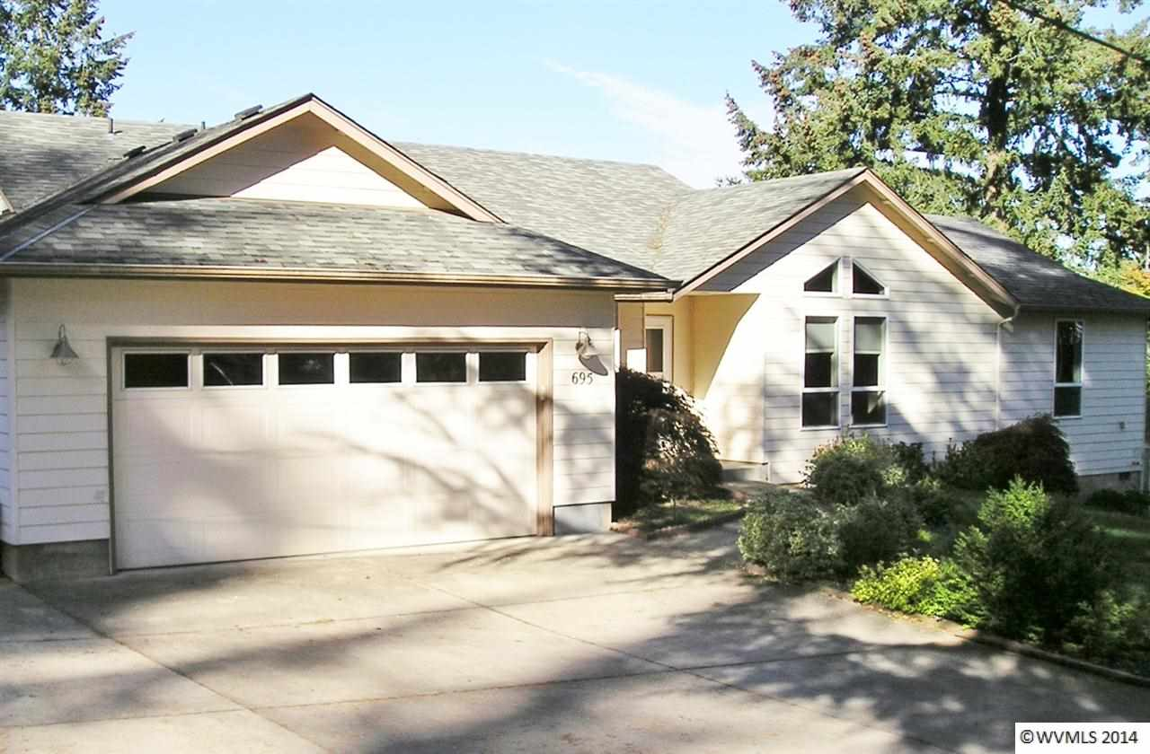 695 Tulip Ln NW, Salem, OR 97304