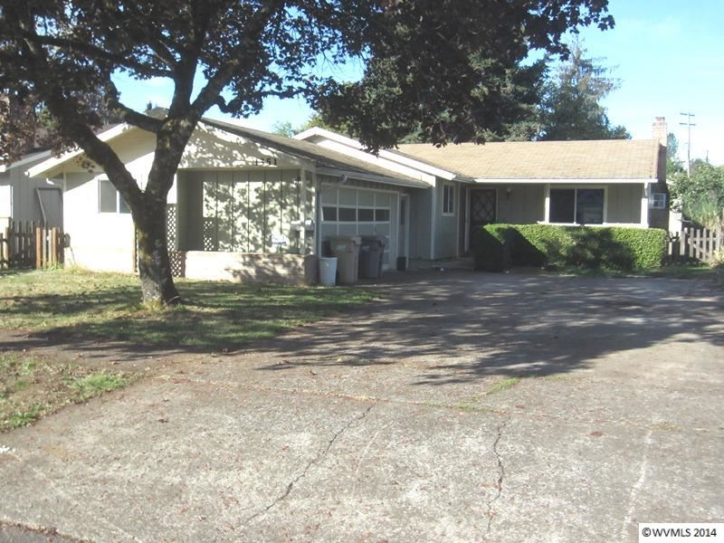 1351 Sw Brown St, Dallas, OR 97338