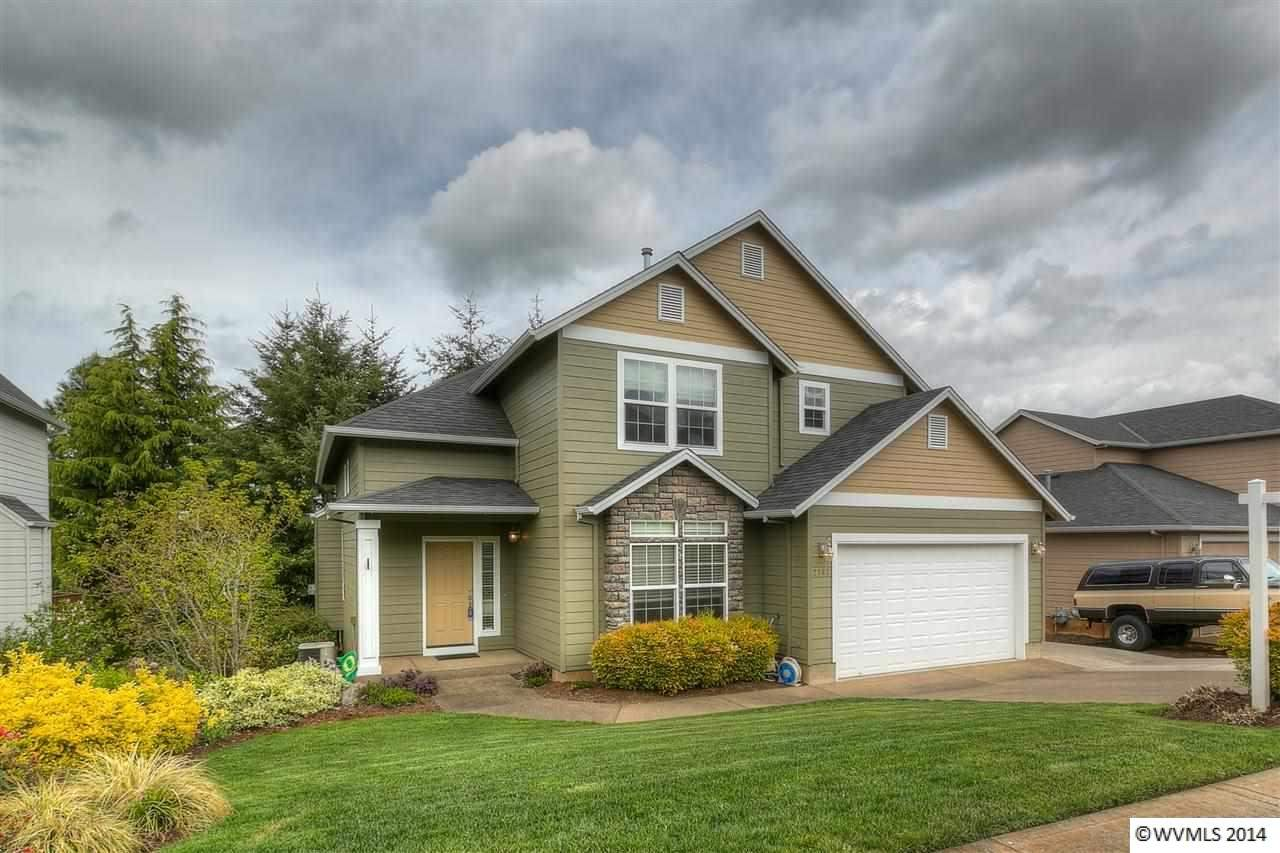 2767 Fillmore Ave NW, Salem, OR 97304