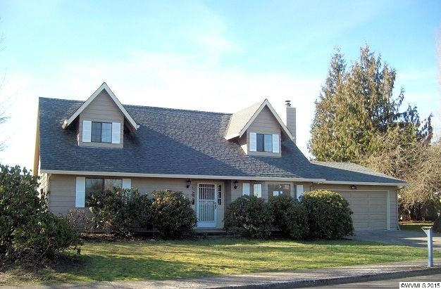 137 SW Cypress St, McMinnville, OR 97128
