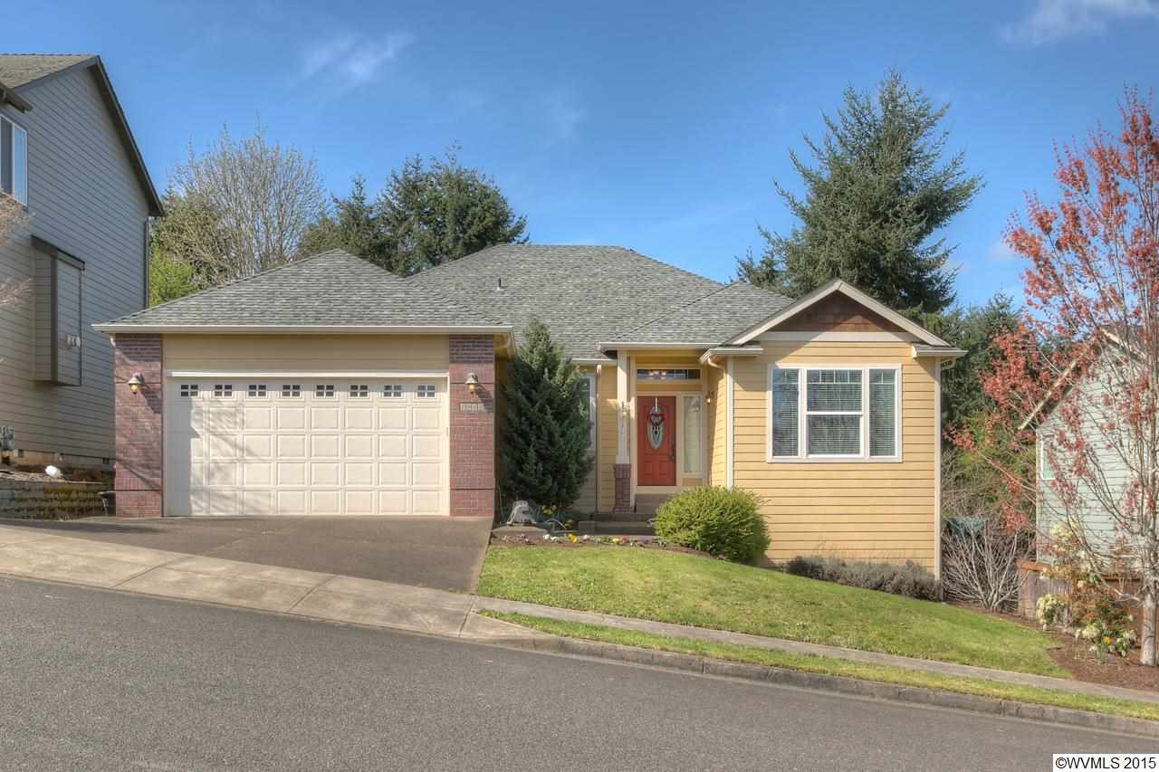 1041 Fawn St NW, Salem, OR 97304