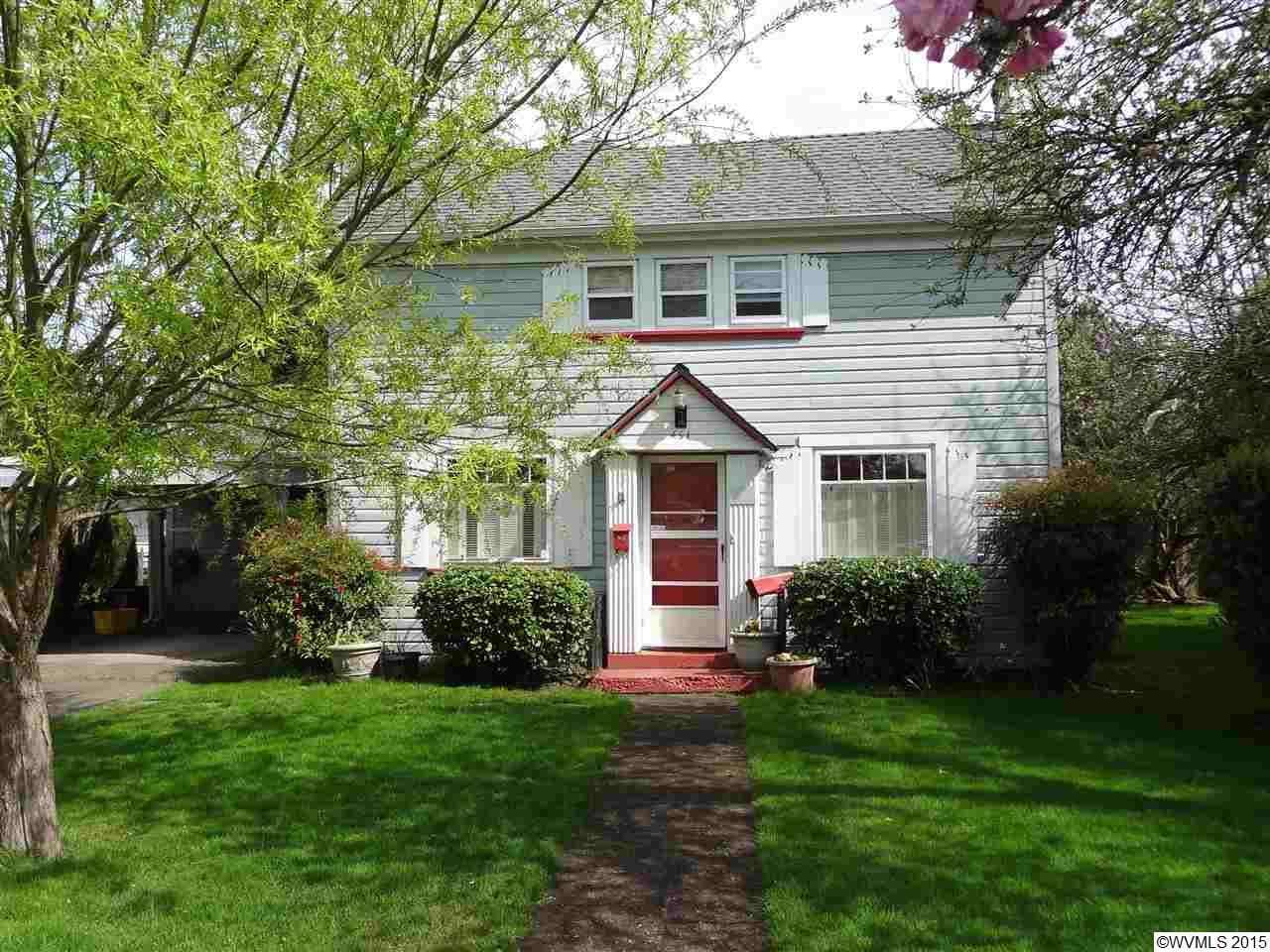 451 S 2nd St, Independence, OR 97351