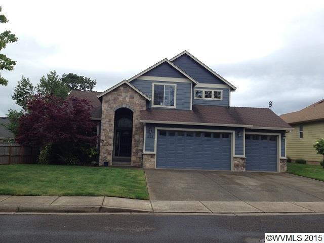 323 NW Reed Ln, Dallas, OR 97338