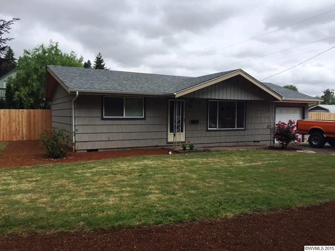 540 Piedmont Ave NW, Salem, OR 97304