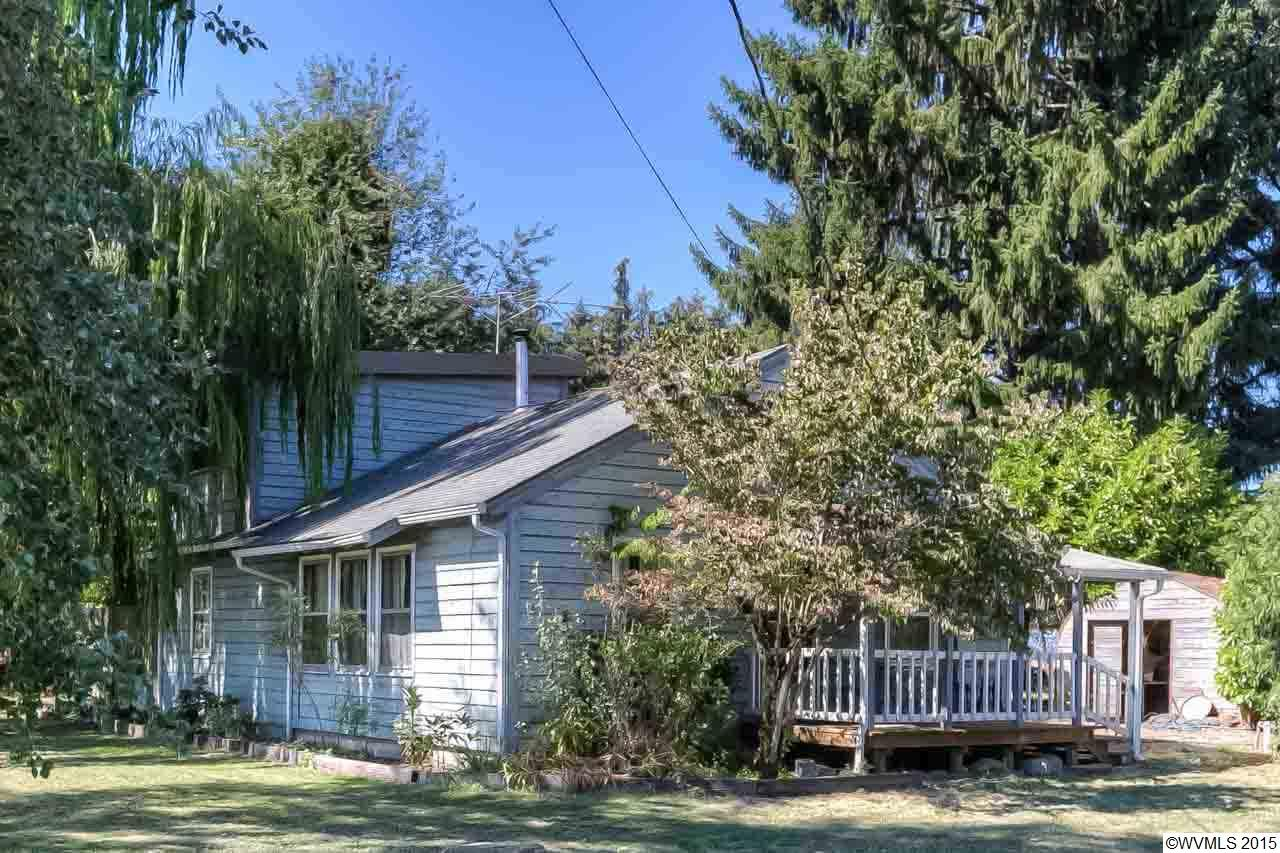 Image of Residential for Sale near Amity, Oregon, in Polk county: 2.86 acres