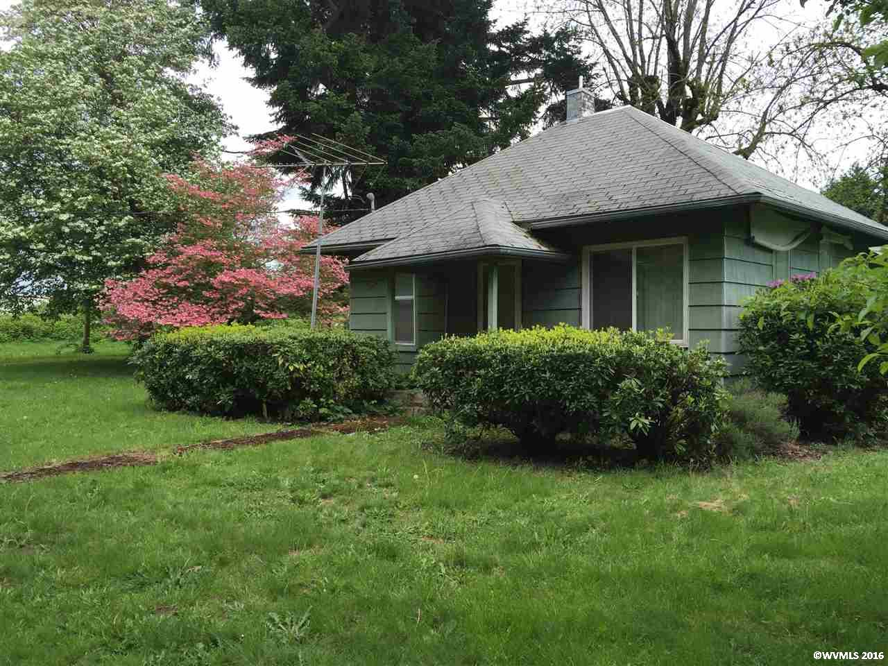19598 Highway 99E, Hubbard, OR 97032