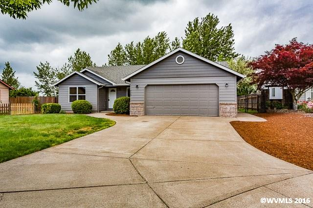 775 Cedar Ct, Independence, OR 97351