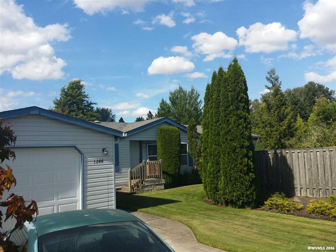 Photo of 1244 SE Seaport Cl  Corvallis  OR