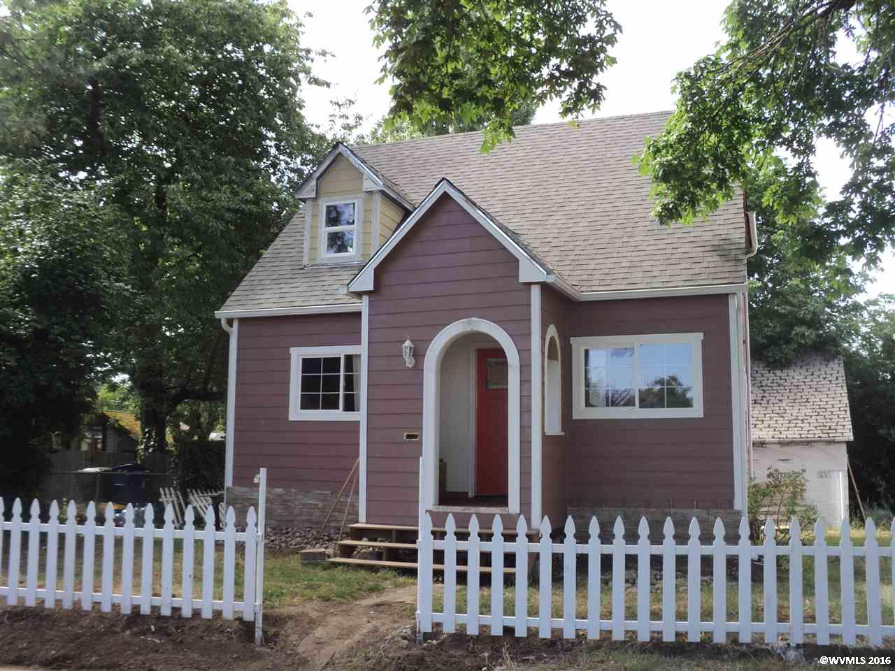 Photo of 1011  Elm St NW  Salem  OR