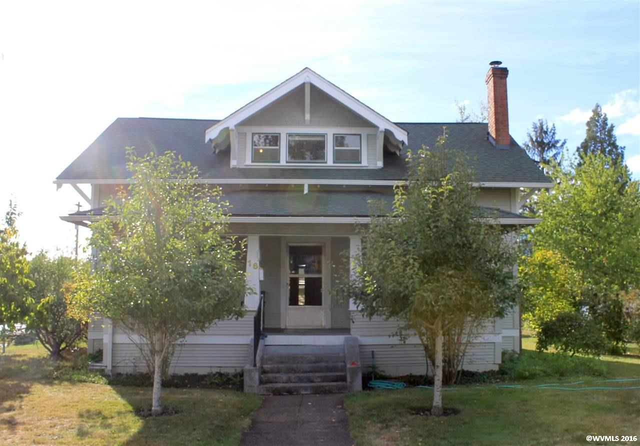 16 Log Cabin St, Independence, OR 97351