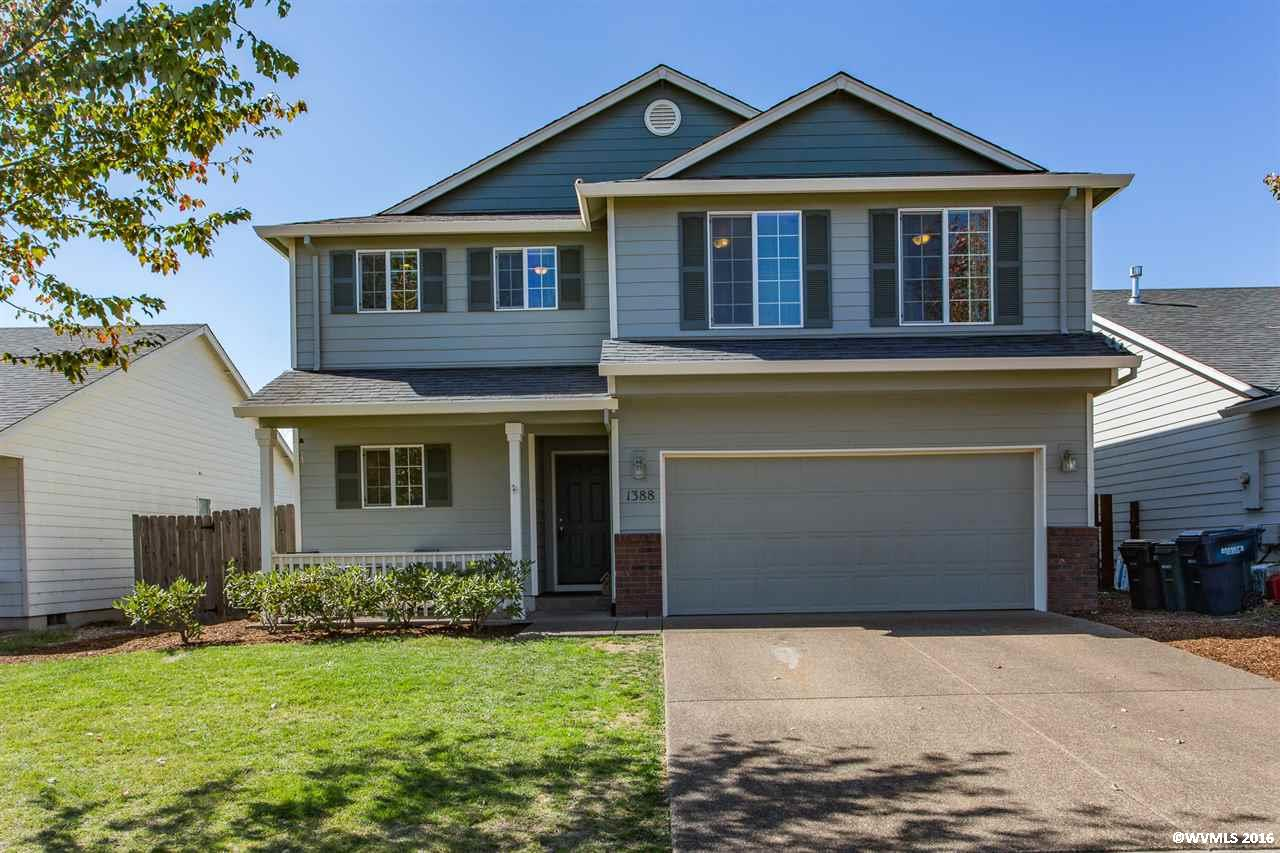 1388 Ridgeview St, Monmouth, OR 97361