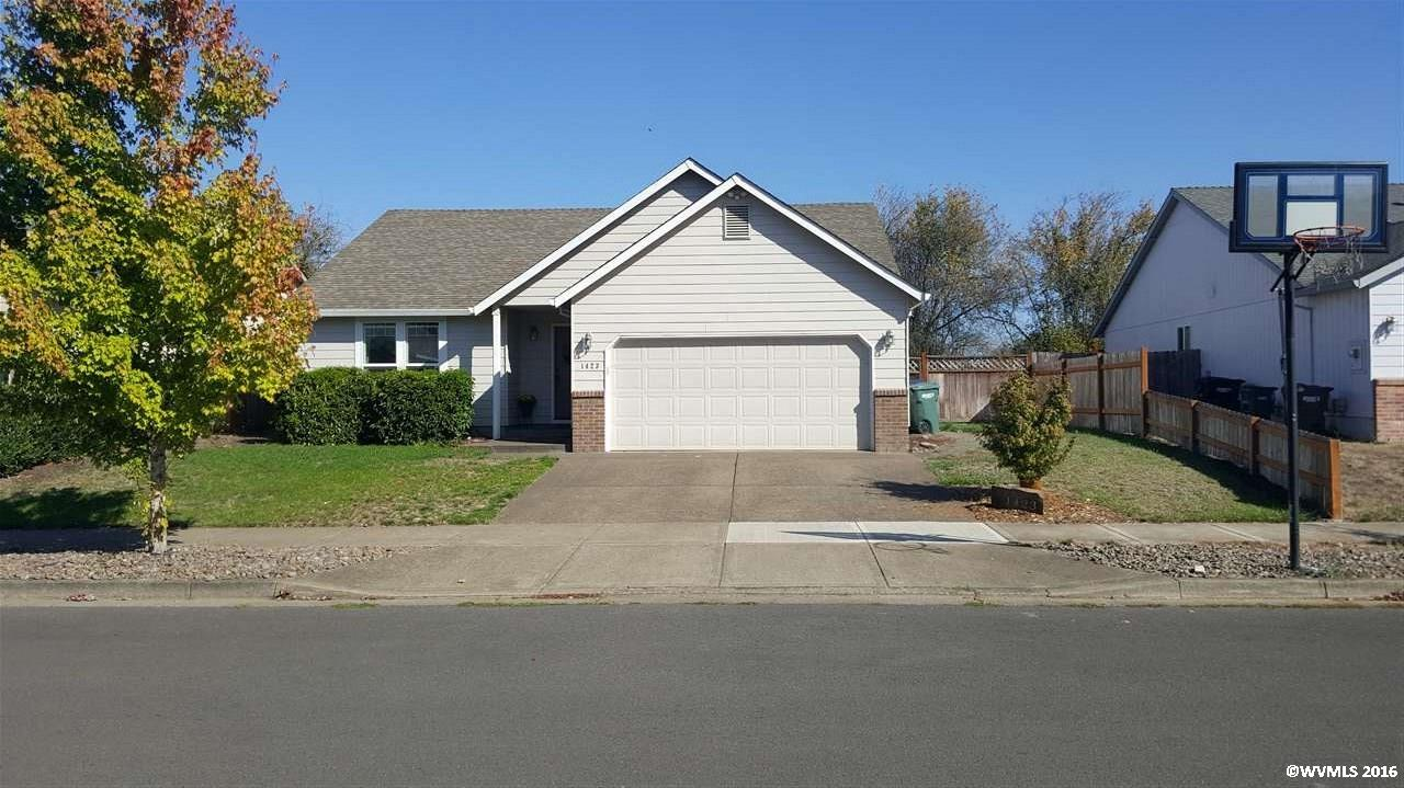 1423 S 6th St, Independence, OR 97351