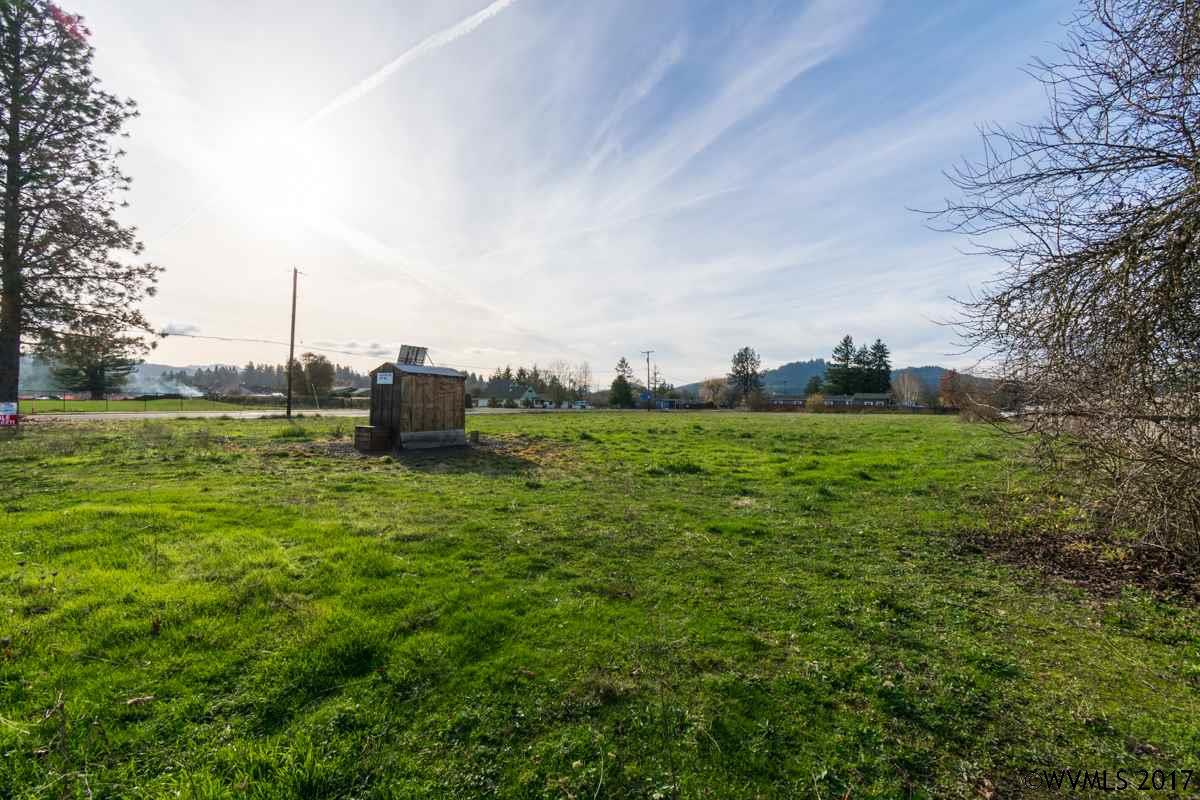Image of  for Sale near Lebanon, Oregon, in Linn County: 1.85 acres