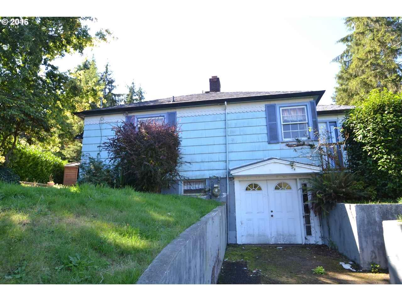 Photo of 923  26th St  Astoria  OR