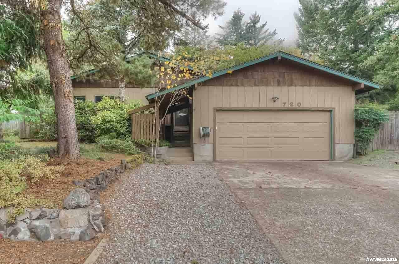 720 SW 56th St, Corvallis, OR 97333
