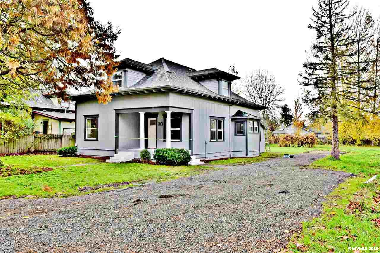 1127 Ash St, Brownsville, OR 97327