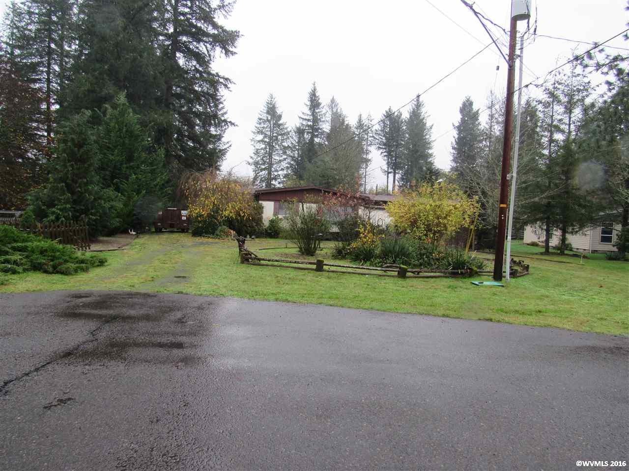 Photo of 1230  3rd St  Lyons  OR