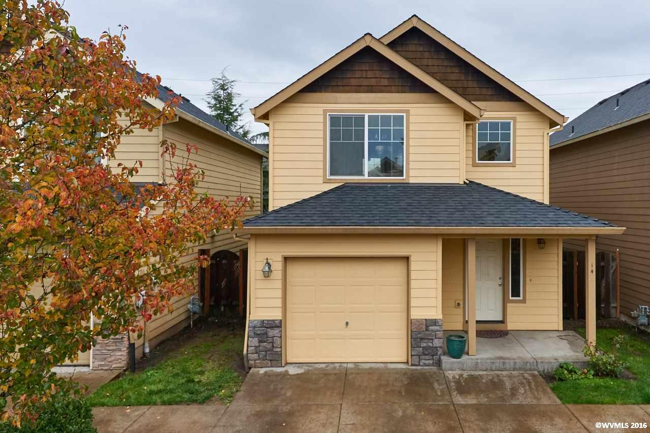 Photo of 925 S River 14 St  Newberg  OR