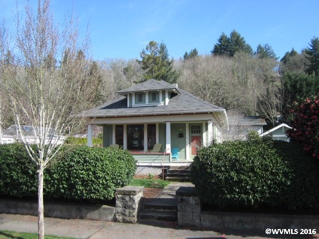 Photo of 529 S 3rd St  Silverton  OR