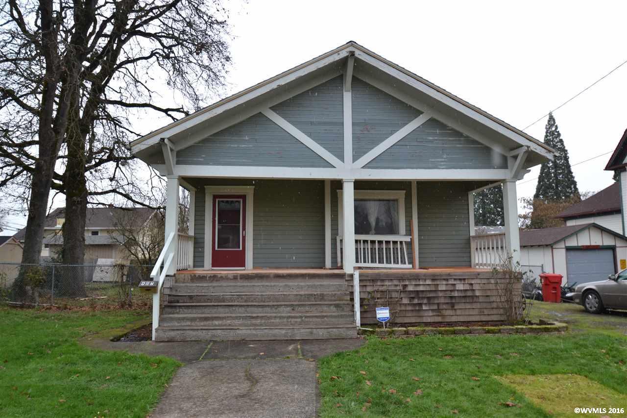 Photo of 407  Oak St  Silverton  OR
