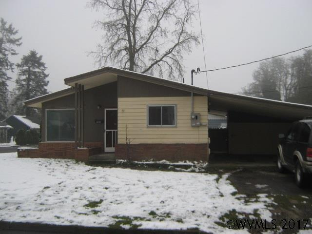 Photo of 960  Bryan St  Woodburn  OR