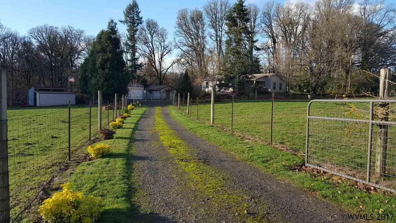 6363 Shaw Hwy Se, Aumsville, OR 97325