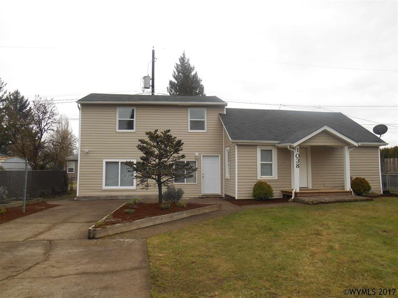 Photo of 1038  6th St NW  Salem  OR