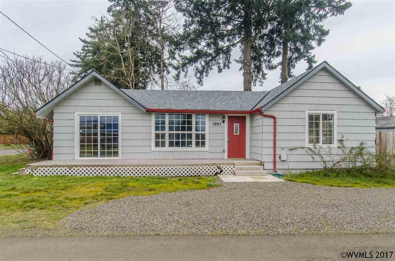 3823 1st St, Hubbard, OR 97032