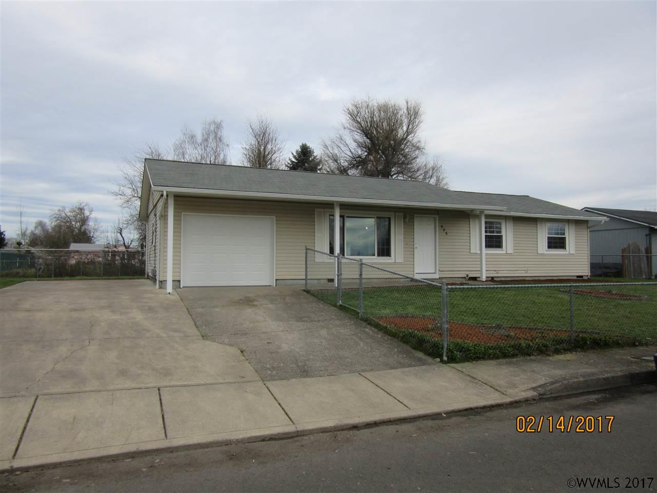 506 Spruce Ave, Independence, OR 97351